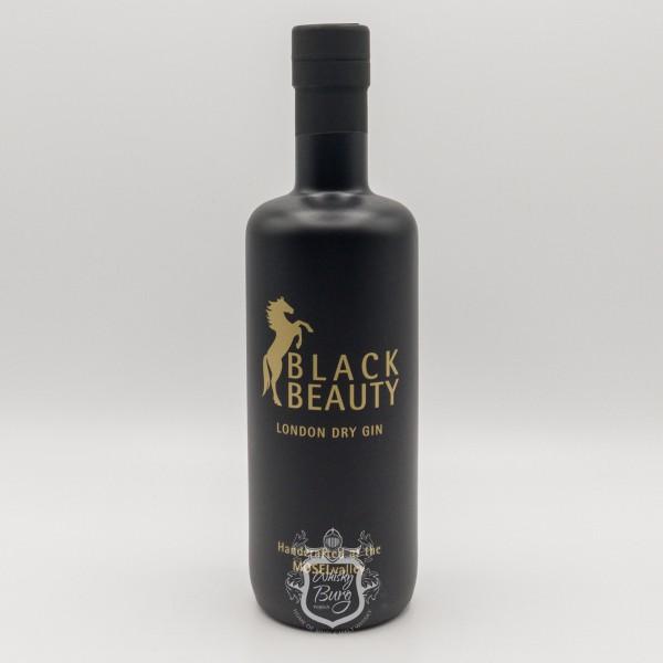 Black-Beauty-Gin